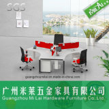 Mobília profissional ergonómica da mesa do computador de escritório de 3 assentos