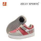 Le rouleau escamotable de mode inférieure de MOQ folâtre les chaussures de course pour des gosses