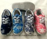 De nieuwe Schoenen van het Canvas van de Vrije tijd van de Druk van het Ontwerp voor Jonge geitjes (FF924-13)