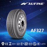 Fertigung-LKW-Reifen, schwerer Gummireifen, der nach Verteiler sucht