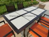 Мебель сада патио обедая комплект с керамической таблицей & Wicker стулом