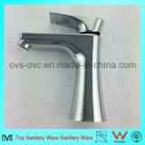 Taraud chaud matériel en laiton d'eau froide d'articles de salle de bains sanitaire de constructeur