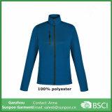 Куртка 100% ватки полиэфира приполюсными напечатанная повелительницами с правым карманн комода