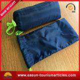 安く使い捨て可能な小型膝の飛行中毛布
