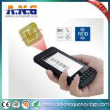 Lecteur de RFID tenu dans la main sans fil avec le scanner de code barres