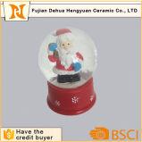 راتينج عالة ثلج كرة أرضيّة وماء كرة مع عيد ميلاد المسيح [سنتا] كلاوس