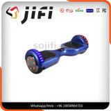 Motorino elettrico di Hoverboard della fabbrica dell'equilibrio astuto di auto con l'indicatore luminoso del LED, Bluetooth