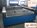 Machine de découpage automatique professionnelle de laser de fibre de première vente