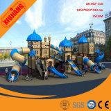 Dia van de Apparatuur van de Speelplaats van het Pretpark van jonge geitjes De Grote Openlucht