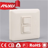 多彩なThree GangイギリスStandard Lighting Switch、250V Wall Switch