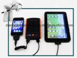 6000mA conjuguent côté multifonctionnel imperméable à l'eau solaire certifié par RoHS de la CE de FCC d'USB et de Li-Polymère de pouvoir pour l'iPhone