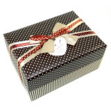 Bruit Lovely Cardboard Packaging Gift Paper Box avec Ribbon