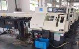 Centro di lavorazione verticale di CNC di alta precisione VCM540 di corsa X/Y/Z 500/400/280mm da vendere