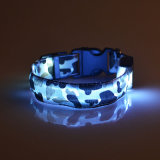Collier de clignotement de camouflage d'éclairages LED de crabot de sûreté d'animal familier pour des crabots