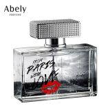 Bouteille de parfum en verre à la décoration minérale de style arabe de luxe