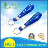 Wristband Keychain del silicone stampato marchio su ordinazione all'ingrosso per il regalo promozionale