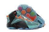 Il vario sport di modo di vendite al dettaglio calza i pattini di pallacanestro famosi di marca della scarpa da tennis