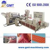 Producción coloreada PVC de Tileplastic de la azotea del esmalte que saca haciendo la máquina