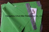 Kundenspezifisches Mailing gedrucktes Kleid, das Plastiktasche packt