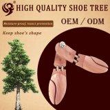 Ровный кедр вала ботинка, естественная древесина