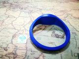 De Manchetten van de Markeringen van de Spaanders rf van identiteitskaart van de Armband van het Silicone van UHF/Hf/Lf RFID