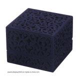 Прокалыванная коробка ювелирных изделий бархата для благосклонности венчания подарка захвата кольца, пурпуровая