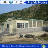 Casa móvil modular del diseño del marco de acero de emparedado del panel de la casa prefabricada viva bien de la familia