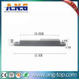 Étiquette d'IDENTIFICATION RF de fréquence ultra-haute avec le trou d'adhésif et de vis sur le métal