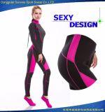 Мокрая одежда оборудования подныривания женщины неопрена сексуальная гибкая эластичная занимаясь серфингом (50% с образца)