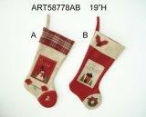Украшение венка семьи снеговика сезонное с деревянными знаком & подарком