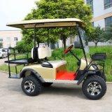 Vettura a quattro posti elettrica fuori dal carrello di golf della strada con il cestino anteriore