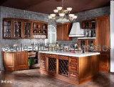 De klassieke Eik beëindigt Keukenkast