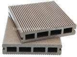 Верхние плитки Decking WPC, общий деревянный пластичный составной Decking для Европ