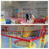 Equipo de interior plástico usado fantástico del patio con la piscina de la bola para la venta