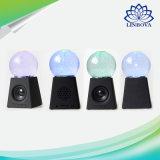 Altofalante estereofónico sem fio de dança de giro creativo do diodo emissor de luz Bluetooth MP3 da esfera de cristal da água mini para presentes