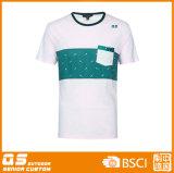 건조한 적합 t-셔츠를 달리는 남자의 스포츠