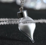 2015 nuovo Style Flashing Necklace Glow in Dark
