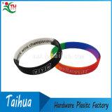 Wristband enchido tinta do bracelete do silicone de Debossed (TH-band042)