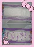 暗い紫色カラーPEのBacksheetの使い捨て可能な赤ん坊のおむつ