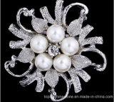 Silberner Rhinestone-Kristallbrosche, die Brautblumen-Perlen-Brosche (Perle Wedding ist der Blume TB-002)