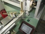 Colocación de la impresora plástica cromática de la pantalla de la botella