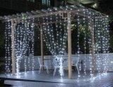 최신 판매 다채로운 크리스마스 훈장 반짝반짝 빛나는 램프 LED 끈 빛