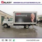 Cartelera al aire libre de la visualización de LED P5/P6/P8/P10 que hace publicidad del vehículo