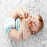 Couche-culotte ensoleillée remplaçable respirable molle sèche de bébé de taille de couche-culotte différente de bébé