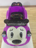 Carro plástico do brinquedo dos desenhos animados de Mickey para miúdos