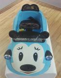 Véhicule en plastique de jouet de dessin animé de Mickey pour des gosses