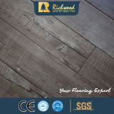 AC4 E0のHDFによって薄板にされる積層のフロアーリングを浮彫りに登録しなさい