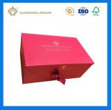 Rectángulo de regalo de papel impreso lleno de lujo del color rojo de la alta calidad con la hoja caliente de la insignia (closing del satén)