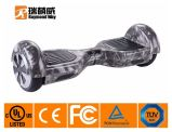 リチウムイオンBateryが付いている強い力の自己のバランスのスクーター