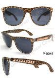 Óculos de sol de Plastic da forma com 100% Protection UV (P-9045)